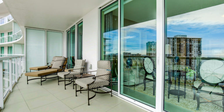Plaza at Oceanside Pompano Beach Unit 1605
