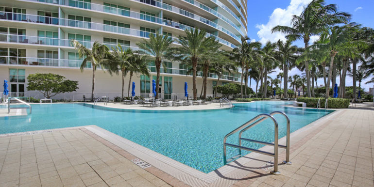 plaza-at-oceanside-1509-pompano-beach-3
