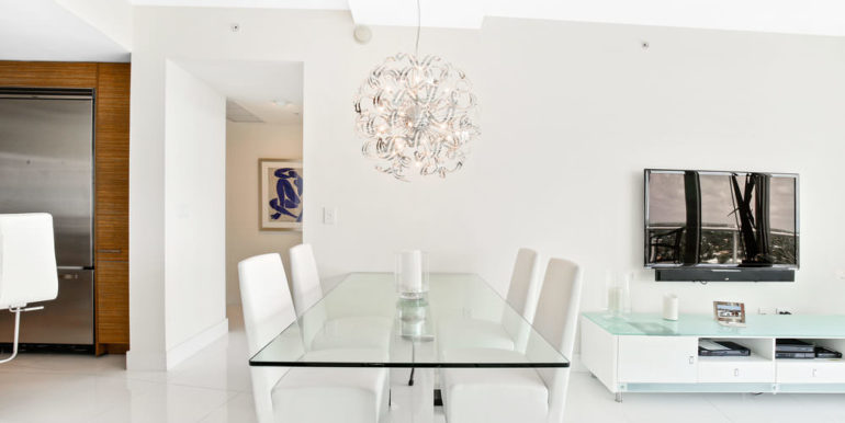 1 N Ocean Blvd 1013 Pompano-print-008-1-Dining Room-4200x2800-300dpi