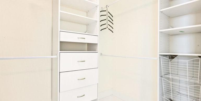 1 N Ocean Blvd 1013 Pompano-print-013-13-Master Closet-4200x2800-300dpi