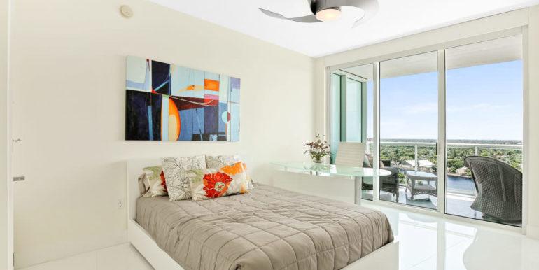 1 N Ocean Blvd 1013 Pompano-print-014-11-Bedroom-4200x2800-300dpi