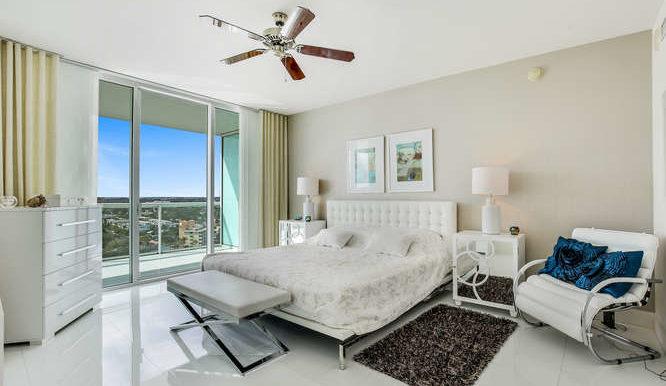 1-n-ocean-blvd-unit-1413-small-013-10-master-bedroom-666x444-72dpi