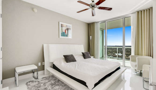1-n-ocean-blvd-unit-1413-small-016-6-bedroom-666x444-72dpi