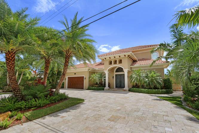 5560 Nassau Dr Boca Raton FL-small-003-19-Front Exterior-666x444-72dpi