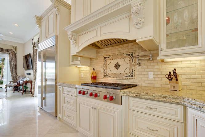 5560 Nassau Dr Boca Raton FL-small-009-34-Kitchen-666x445-72dpi