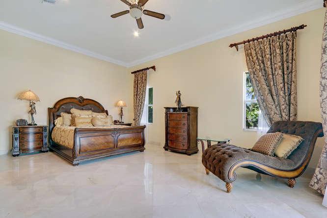 5560 Nassau Dr Boca Raton FL-small-013-29-Master Bedroom-666x444-72dpi