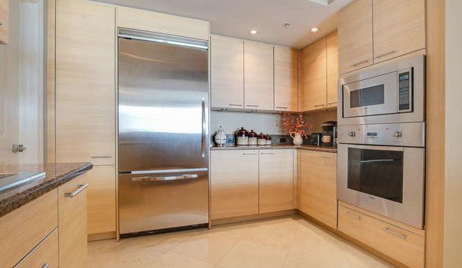 1 N Ocean Blvd Unit 1708-small-007-1-Kitchen-666x444-72dpi