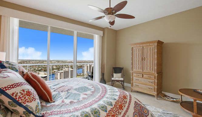 1 N Ocean Blvd Unit 1708-small-013-17-Master Bedroom-666x444-72dpi