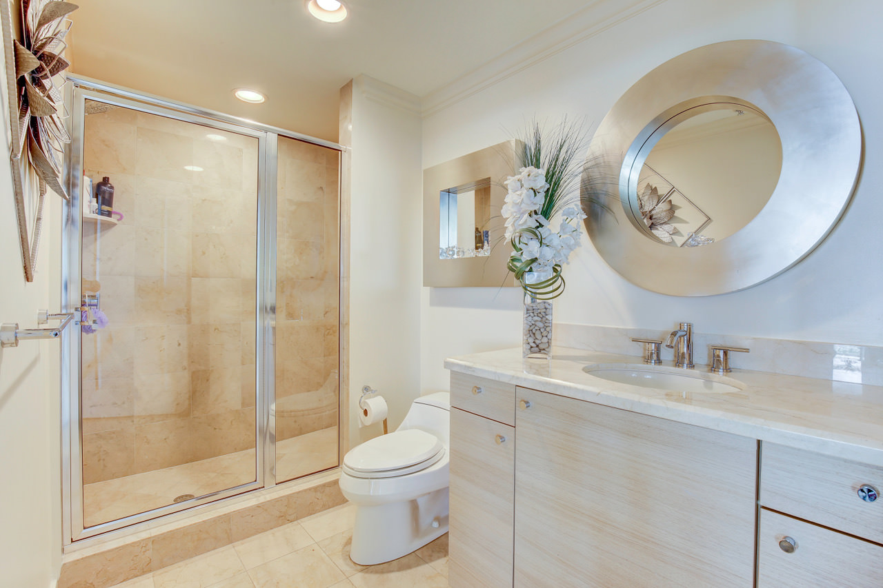 N Ocean Boulevard Pompano Beach FL - Bathroom place pompano beach fl