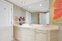 1 N Ocean Blvd Unit 501-small-016-11-Bathroom-666x444-72dpi