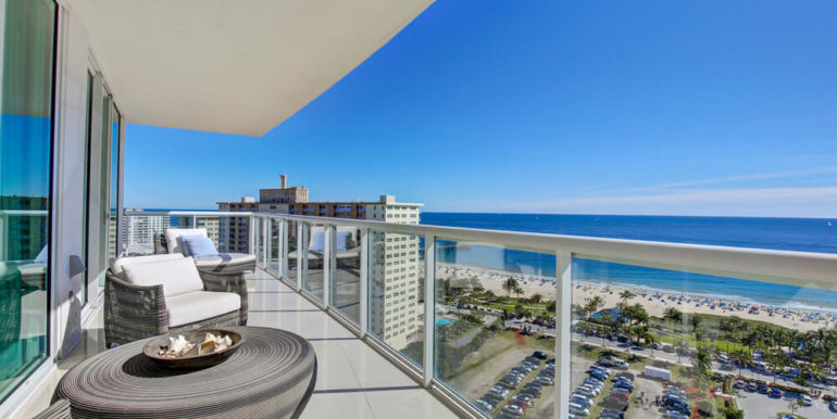 plaza_at_oceanside_unit_1606-16
