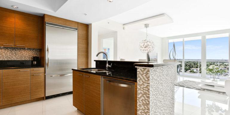 1 N Ocean Blvd 1013 Pompano-print-004-9-Kitchen-4200x2800-300dpi