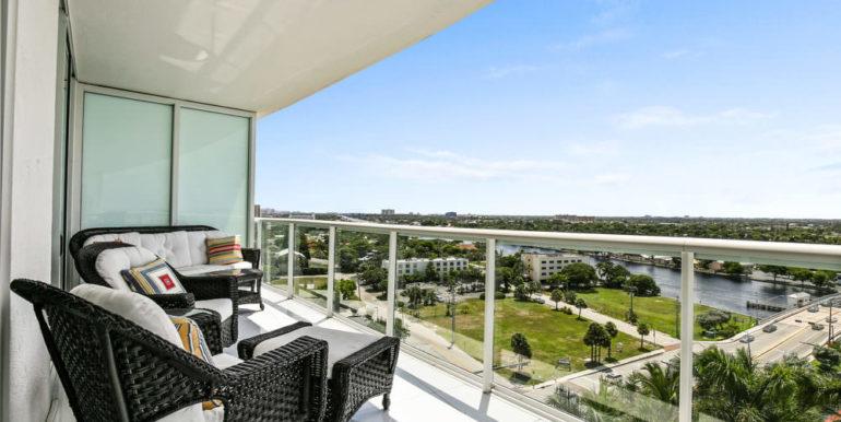 1 N Ocean Blvd 1013 Pompano-print-017-18-Balcony-4200x2800-300dpi