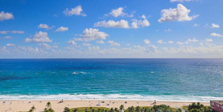 1-n-ocean-blvd-unit-ph3-large-002-2-balcony-view-1500x1000-72dpi