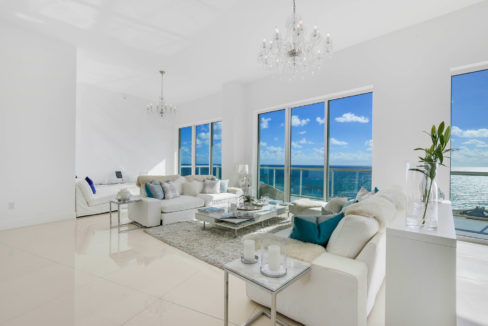 1-n-ocean-blvd-unit-ph3-large-003-4-living-room-1500x1000-72dpi