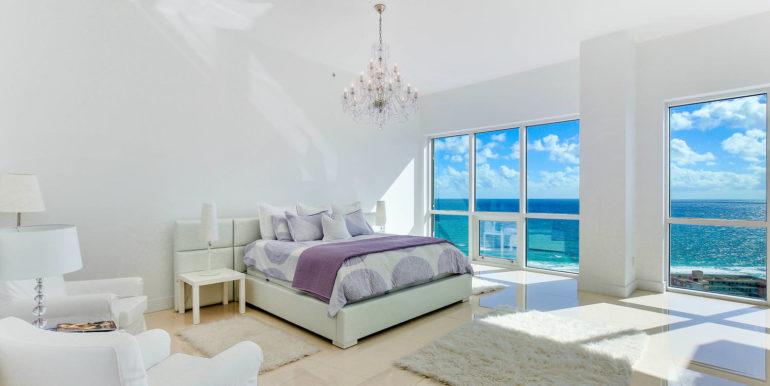 1-n-ocean-blvd-unit-ph3-large-012-17-master-bedroom-1498x1000-72dpi