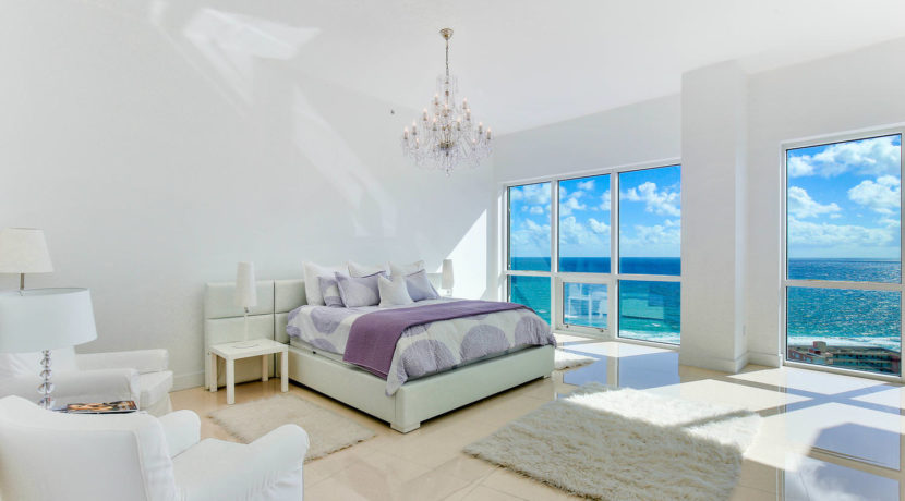 1-n-ocean-blvd-unit-ph3-large-012-17-master-bedroom-1498x1000-72dpi