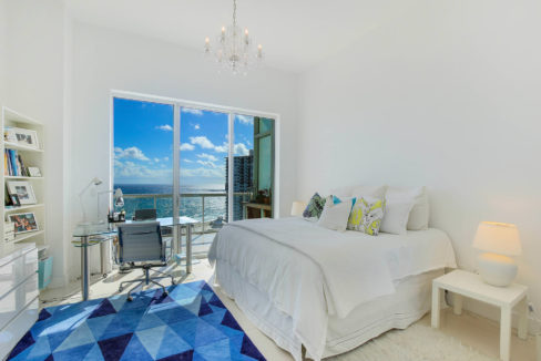 1-n-ocean-blvd-unit-ph3-large-018-11-bedroom-1500x1000-72dpi