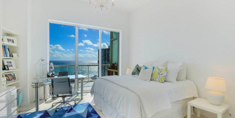 1-n-ocean-blvd-unit-ph3-large-018-11-bedroom-1500x1000-72dpi