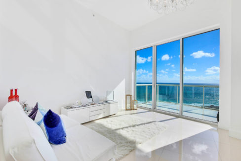 1-n-ocean-blvd-unit-ph3-large-019-13-bedroom-1500x1000-72dpi