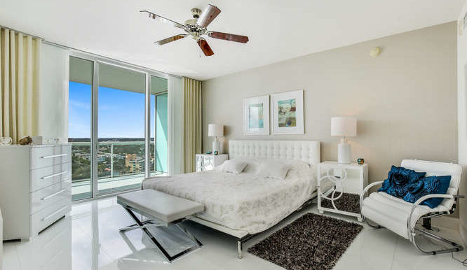 1-n-ocean-blvd-unit-1413-small-013-10-master-bedroom-666x444-72dpi