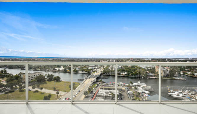 1-n-ocean-blvd-unit-1413-small-020-9-balcony-666x444-72dpi