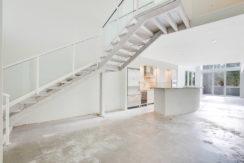 1-n-ocean-blvd-unit-205-large-001-10-living-room-1500x1000-72dpi