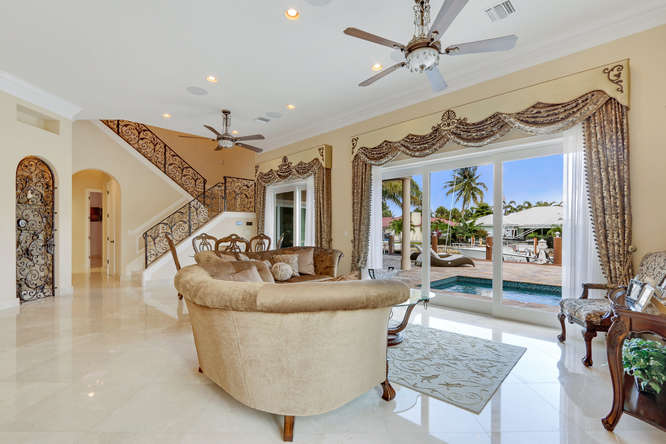 5560 Nassau Dr Boca Raton FL-small-011-20-Family Room-666x444-72dpi
