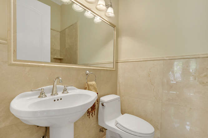 5560 Nassau Dr Boca Raton FL-small-024-13-Bathroom-666x444-72dpi