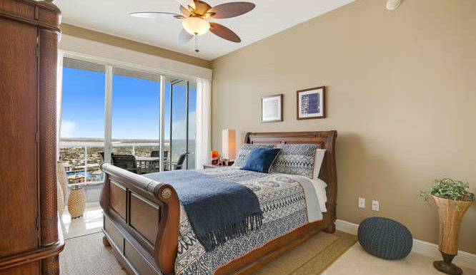 1 N Ocean Blvd Unit 1708-small-016-20-Bedroom-666x444-72dpi