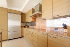 1 N Ocean Blvd Unit 501-small-007-10-Kitchen-666x444-72dpi