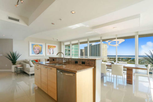 1 N Ocean Blvd Unit 501-small-008-2-Kitchen-666x444-72dpi
