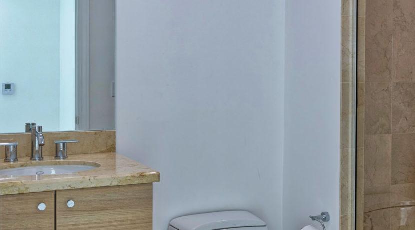 Ed 2-2 Bathroom 2 HDR