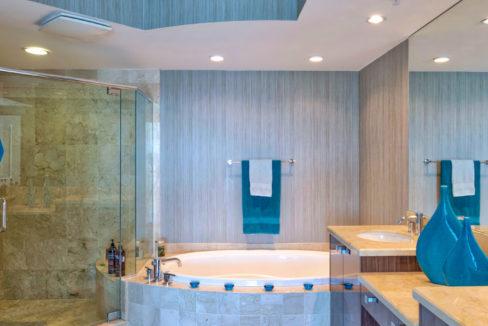 Ed 2-2 Master Bath HDR